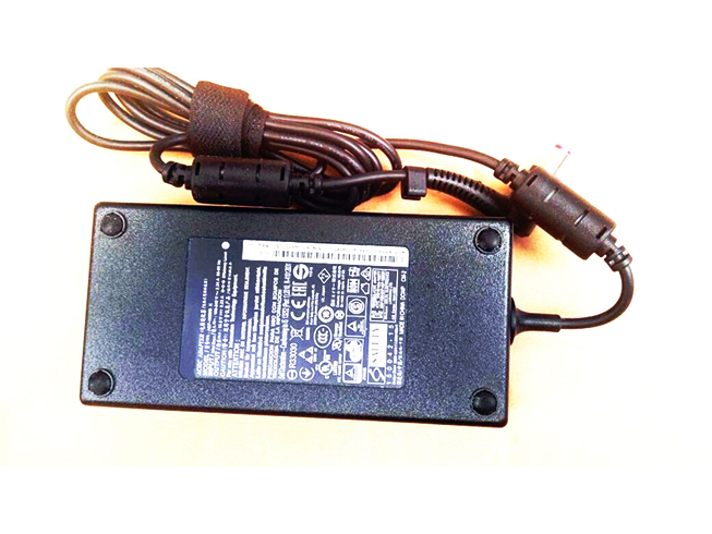 Batterie pour AC 100V - 240V 2.34A 50-60Hz(FOR WORLDWIDE USE) 19.5V--9.23A, 180W Acer Predator 17 G9-791 G9-791G,ADP-180MB K