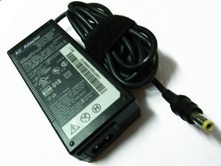 16V 4.5A AC pc batteria