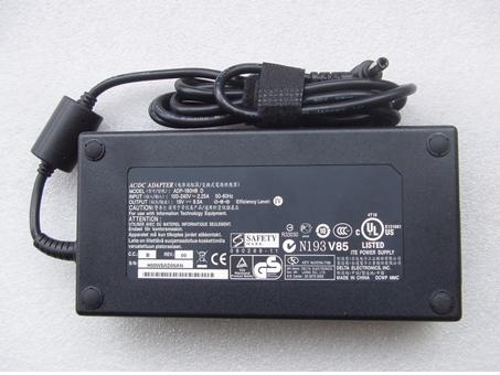 Batterie pour AC 100V - 240V 50-60Hz 19.5V--9.23A, 180W ASUS AC/DC adattatore FA180PM111 caricabatterie