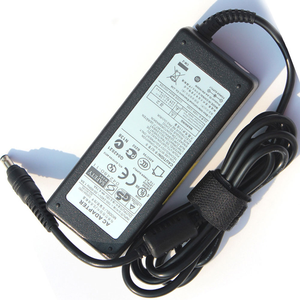 Batterie pour 100-240V 50-60Hz (for worldwide use) 19V 4.74A 90W Samsung NP700Z5C-S02US,AD-9019S