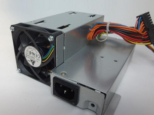 Batterie pour 100-240V~ /4A, 47Hz-63Hz +3.33V--/12A,-12V --/ 0.15A HP DC7100 DC7600, DC7700 USDT