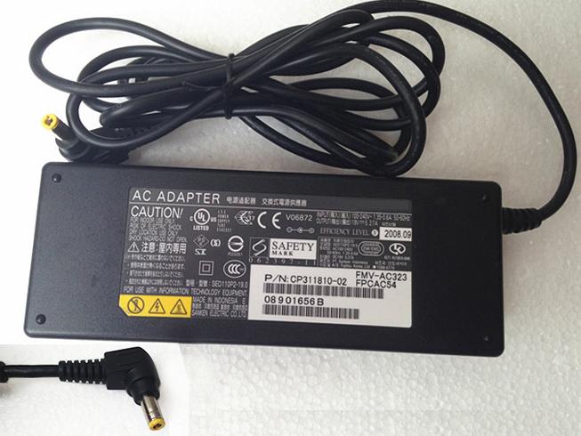 Batterie pour 100-240V 50-60Hz (for worldwide use) 19V 5.27A 100W Fujitsu Lifebook T902 T901 E781 E782 S761